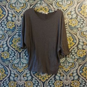 Grey Top with 3/4 sleeves